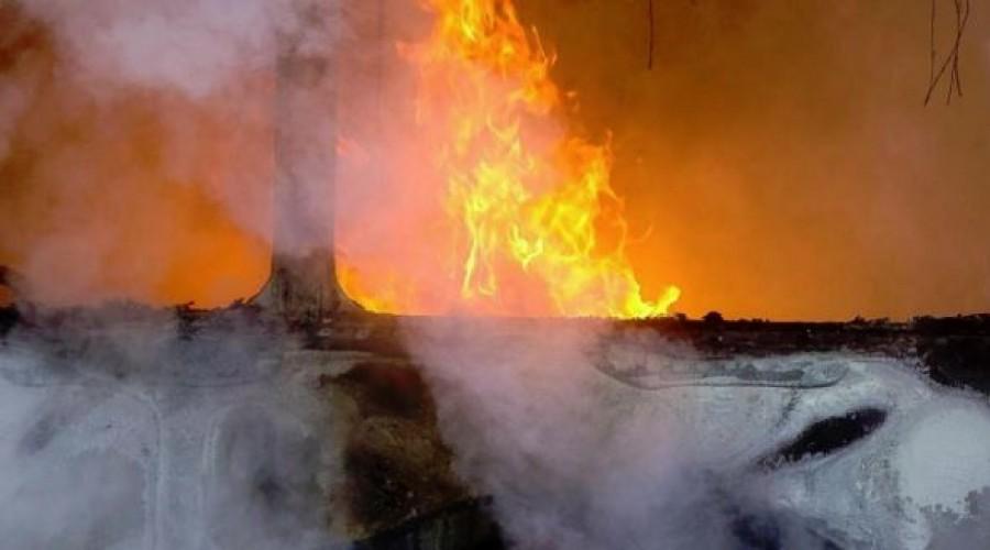 Hatalmas lángok az M0-áson