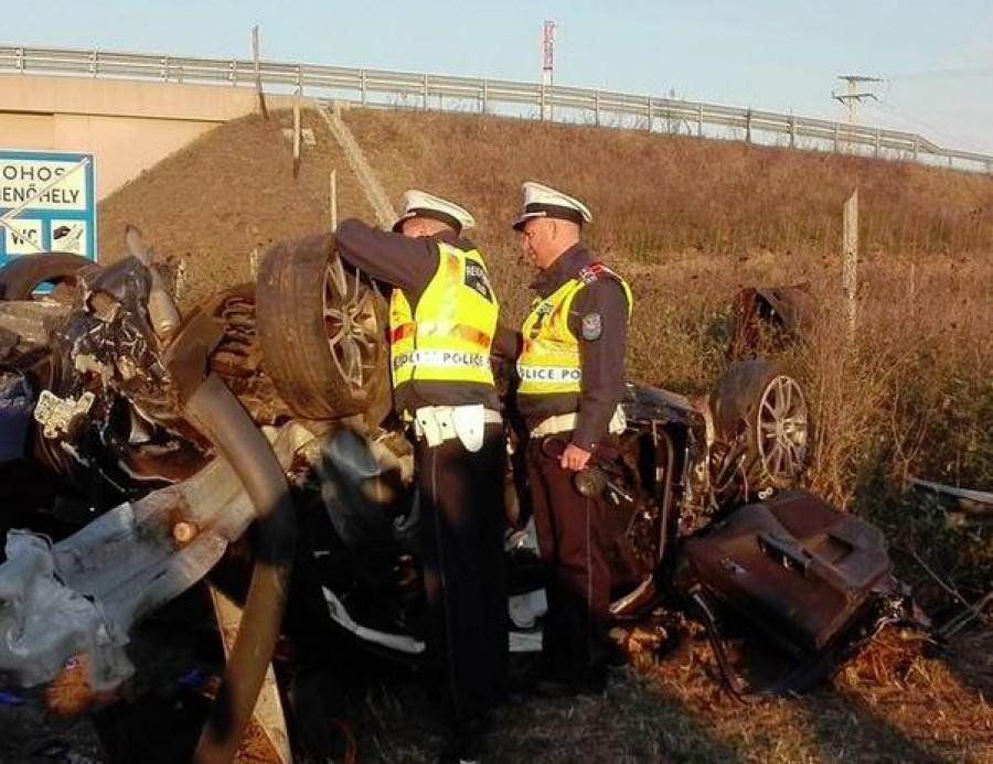 Itt vannak az első képek az M3-ason történt halálos kimenetelű balesetről
