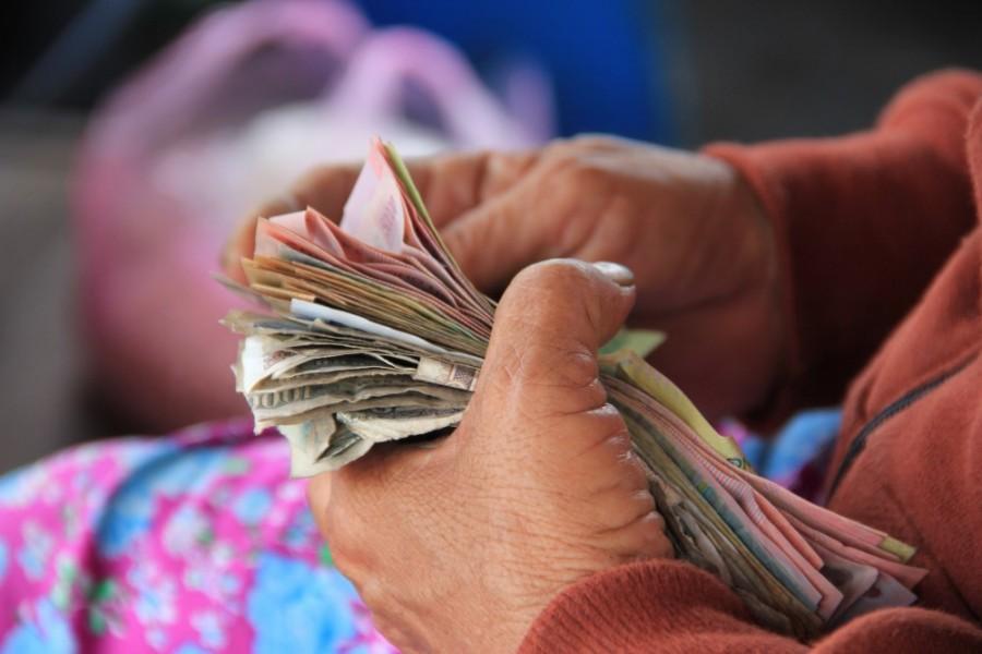 Ki ne mondd! Tégy lakatot a szádra: 4 mondat, ami elűzi tőled a pénzt!