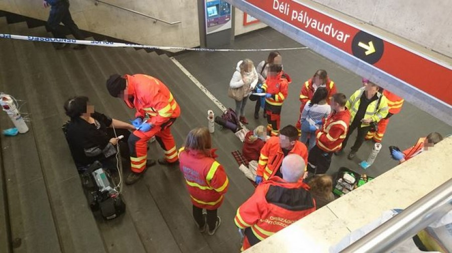 LEGFRISSEBB INFORMÁCIÓK - Rémálom az alagútban: ki kellett menekíteni az utasokat a 2-es metróból