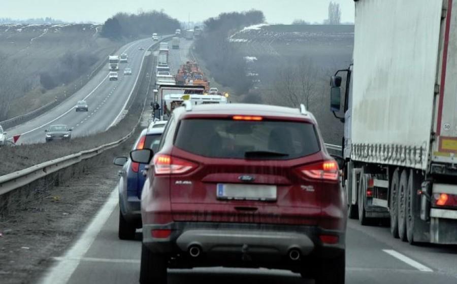 Halálos baleset történt az autópályán, ketten életüket vesztették