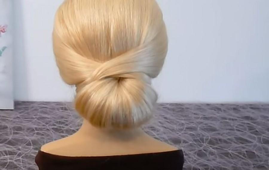 Így készül a csodás konty - egy hajgumi és két csat elég, hogy egész nap tartson