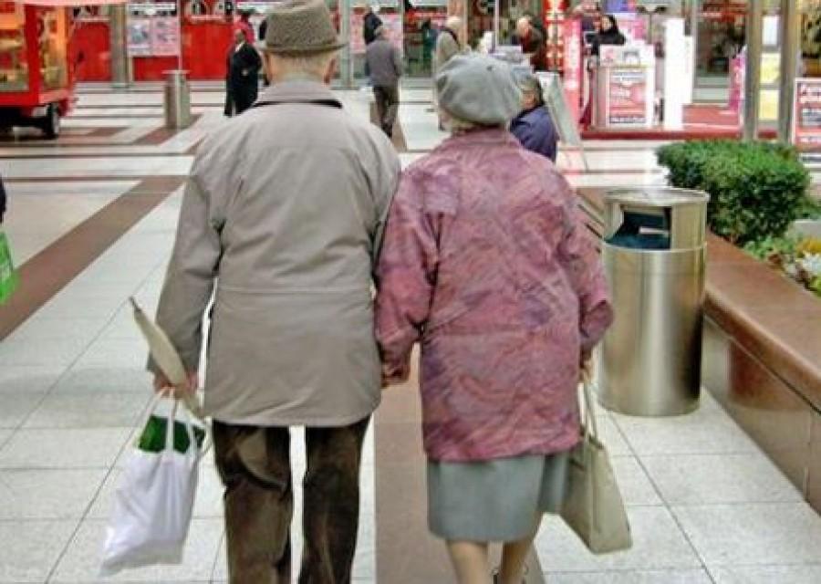 Így terelték el a nyugdíjasok figyelmét a megszorításról