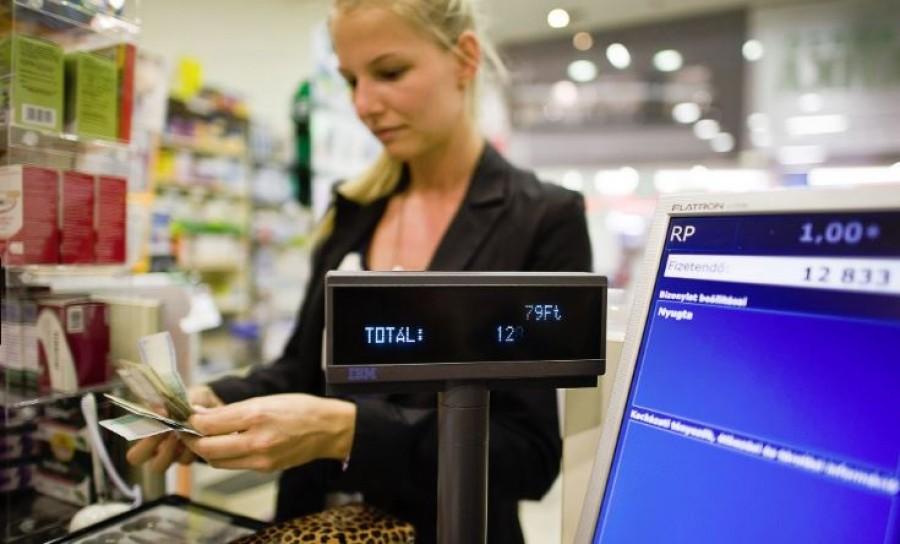 Január 1-jétől 20 %-al drágul az adó a pálinka, az energiaital és még sok más termék esetén