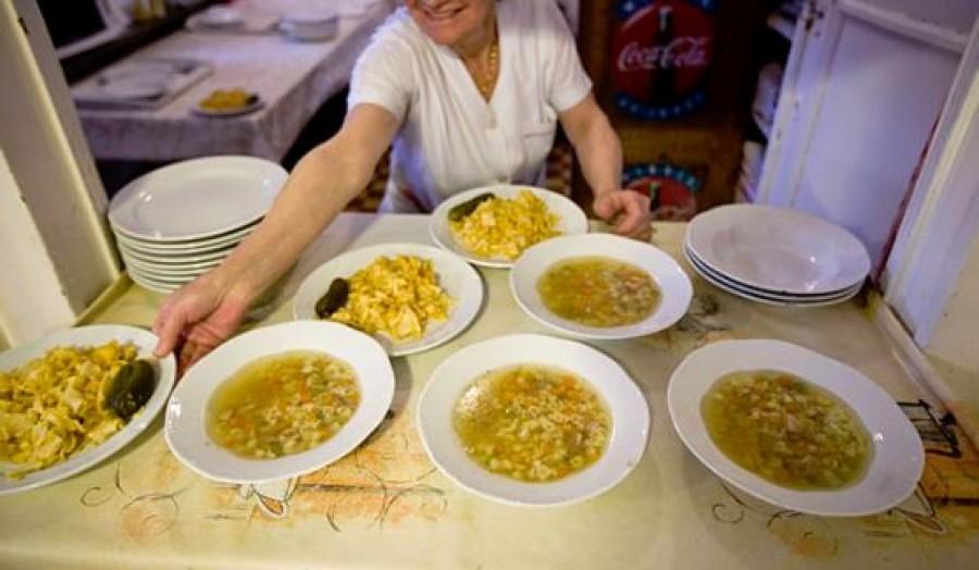 Ennyiért ehetnek a politikusok minőségi 2 fogásos ebédet