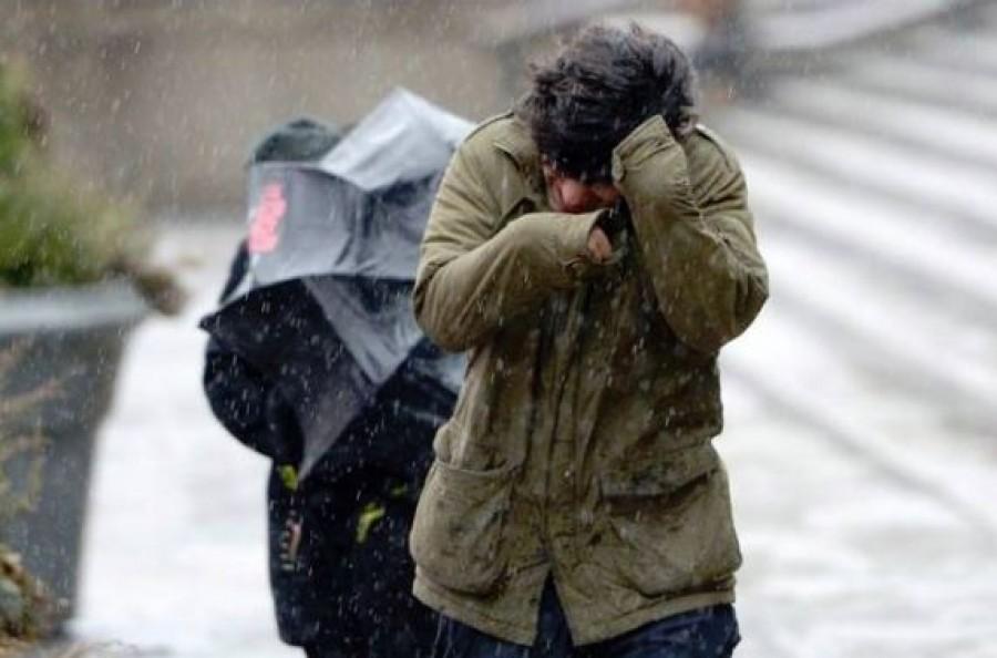 7 megyére és a fővárosra adtak ki riasztást a viharos szél miatt
