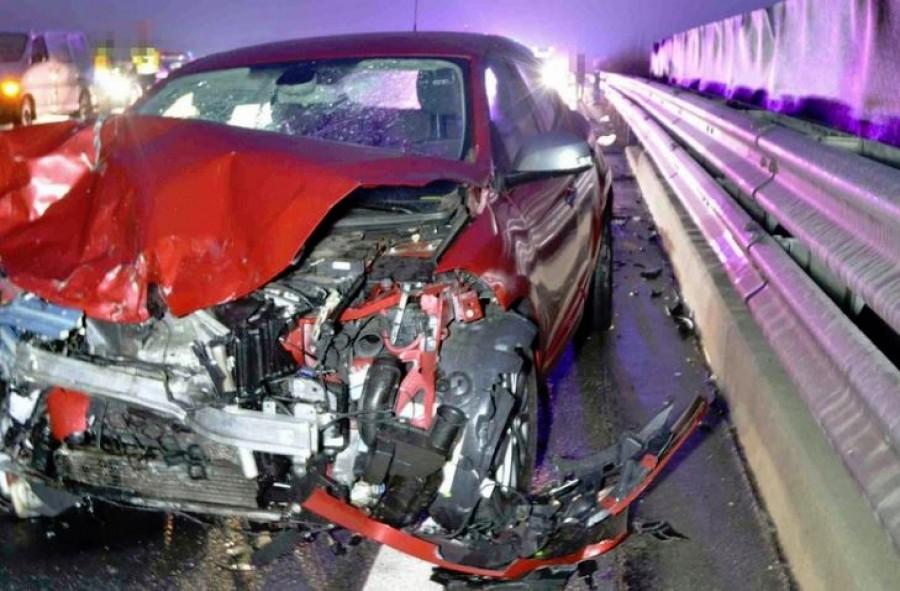 Halál az M5-ösön: egy 85 éves suzukis ment a forgalommal szemben
