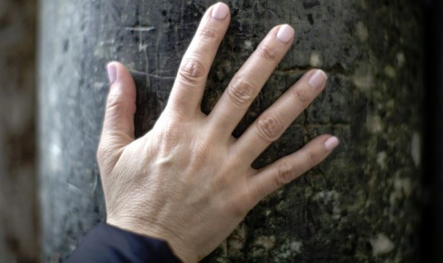 9 árulkodó tünet a kézen, ami komoly bajt jelezhet