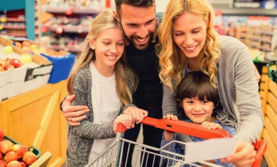 Friss bejelentés: kedvezményes hitel, támogatott autóvásárlás, jelzáloghitel átvállalás, SZJA alóli felmentés - hatalmas kedvezmények a családoknak