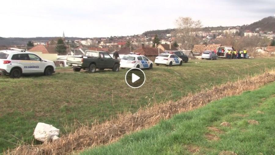 Holtan találtak egy ötéves kislányt Szekszárdon