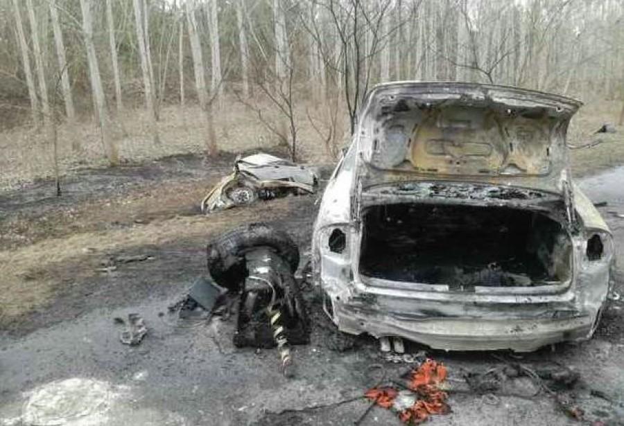 7 halálos áldozat - két autó frontálisan ütközött a 81-es főúton