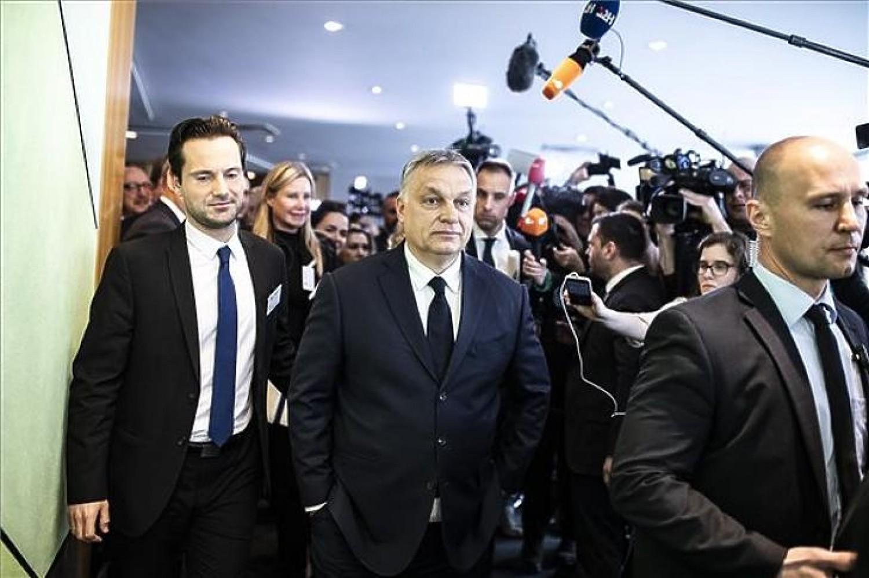 Erről beszél egész Európa: Felfüggesztették a Fidesz tagságát a Néppártban!