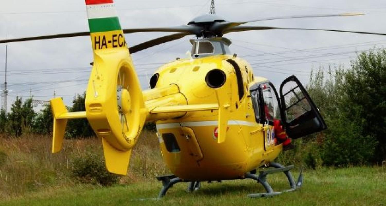 Borzasztó balesetet szenvedett egy kétéves kisfiú: mentőhelikoptert kellett hívni
