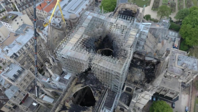 Egy drón felvételen megnézheted, mi maradt a Notre Dame-i tűz után
