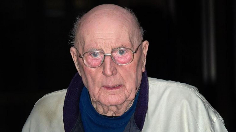 Könyörületből megfojtotta demens feleségét egy 84 éves férfi