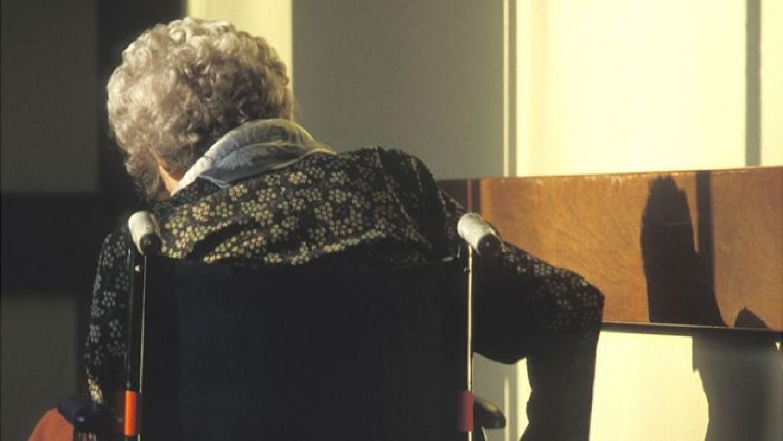 102 éves nénit vádolnak gyilkossággal egy idősek otthonában