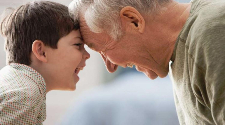 Egyre inkább felértékelődik a nagypapák szerepe a gyermeknevelésben