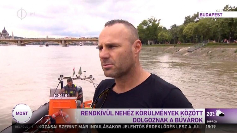 Megszólalt a búvár, aki elsőként merült a Dunában elsüllyedt hajóhoz