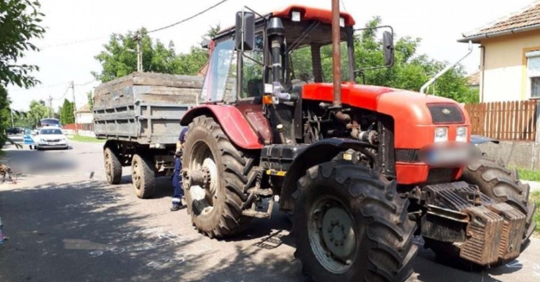 Egy 13 éves vezette a traktort, két kisgyerek életét vesztette