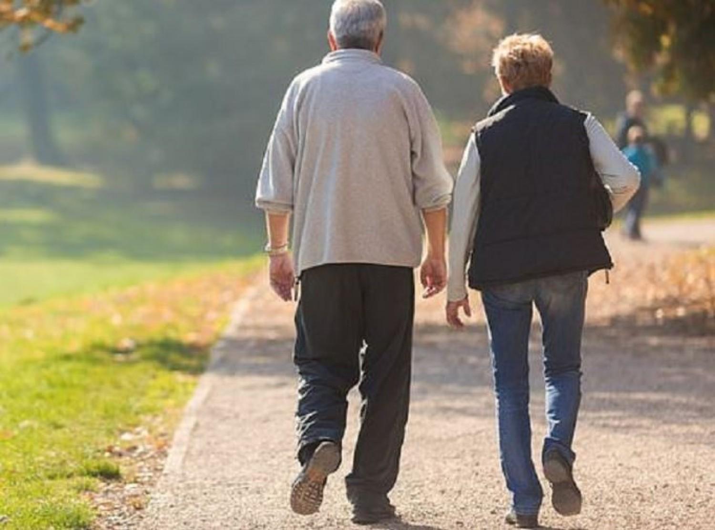 Vigyázz az férjedre, még akkor is, ha egy zsémbes öregember lett! – egy levél a jövőbeli énednek