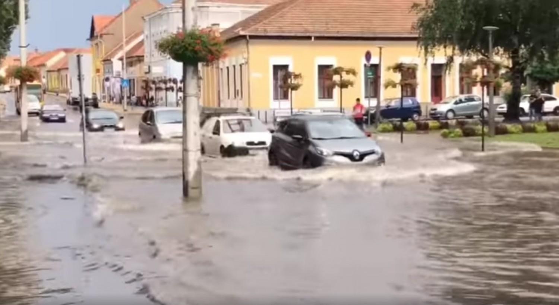 Brutális jégeső és áradás volt Borsodban - videó