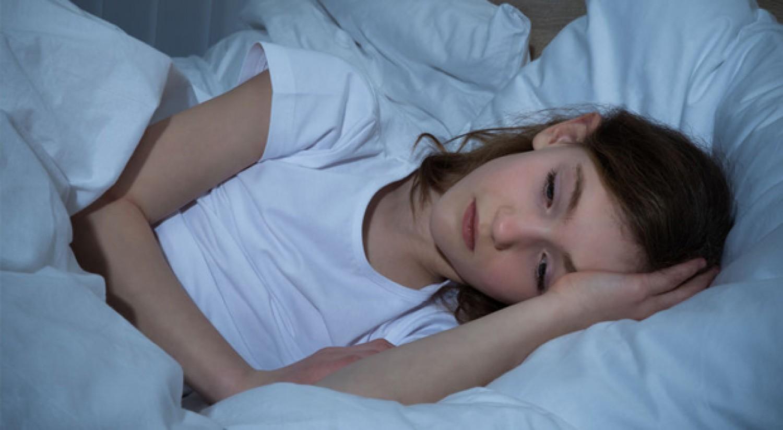 Lefekvés után még jár az agyad? Kevés ennél ártalmasabb dolog van a szakemberek szerint.