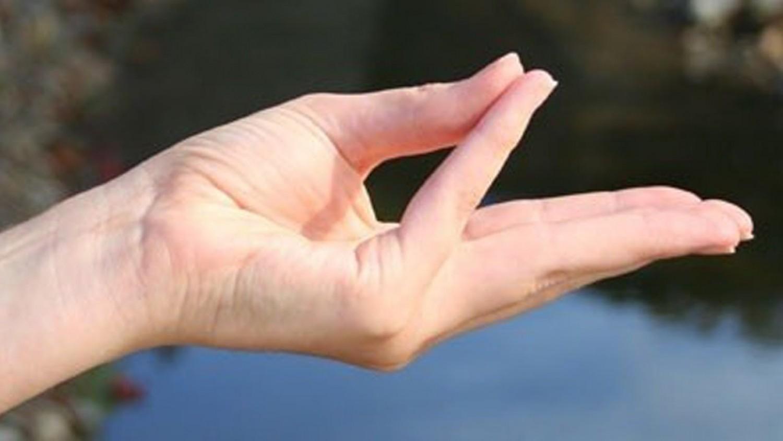 Gyógyító kéztartások - Mindenki meg tudja csinálni!