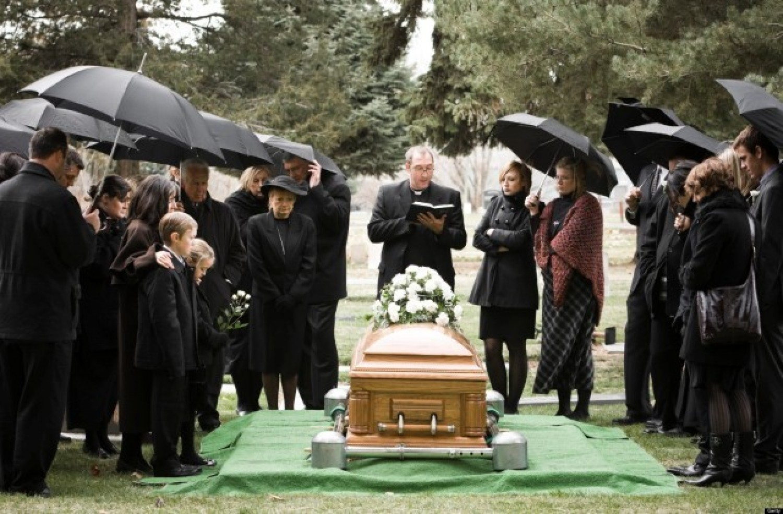 Teljes titokban pénteken eltemették Ambrus Zolit, Isten Veled Zoli