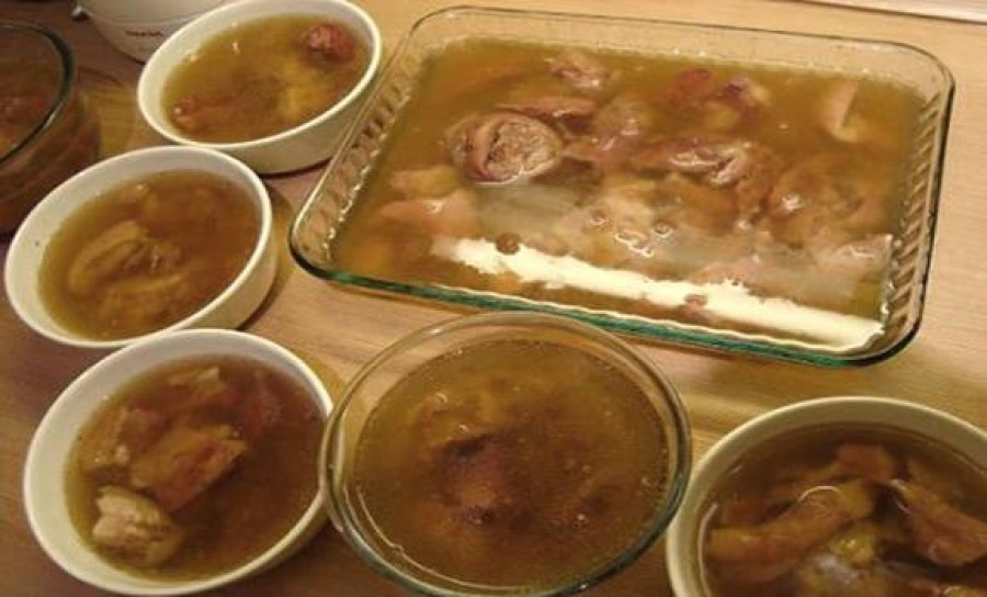 A tökéletes falusi kocsonya receptje - ettől lesz jó remegős