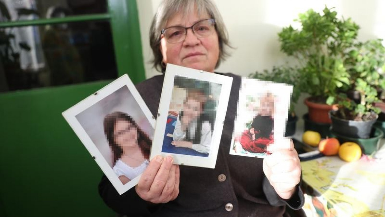 Zokogva emlékezik unokáira a győri családirtásban elhunyt gyerekek nagymamája