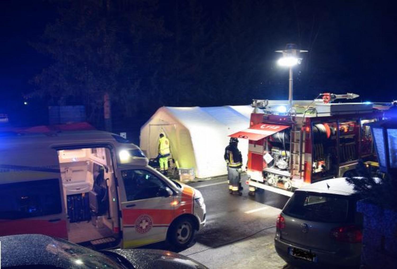 Turisták közé hajtott egy autó - többen életüket vesztették