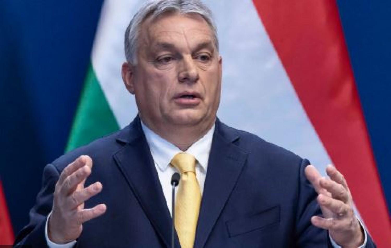Még csak találgatni lehet, minek a bejelentésére készül Orbán Viktor ma este negyed 10-kor
