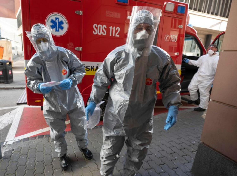 A szlovákok kiszámolták, meddig tart a koronavírus járvány