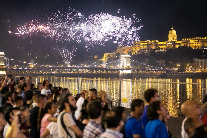 Mindenkit meglepett az augusztus 20-i tűzijátékkal kapcsolatos döntés