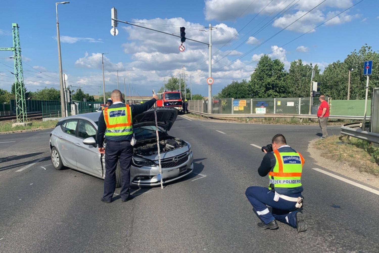 Egy egyéves kisgyerek halt meg a budapesti balesetben
