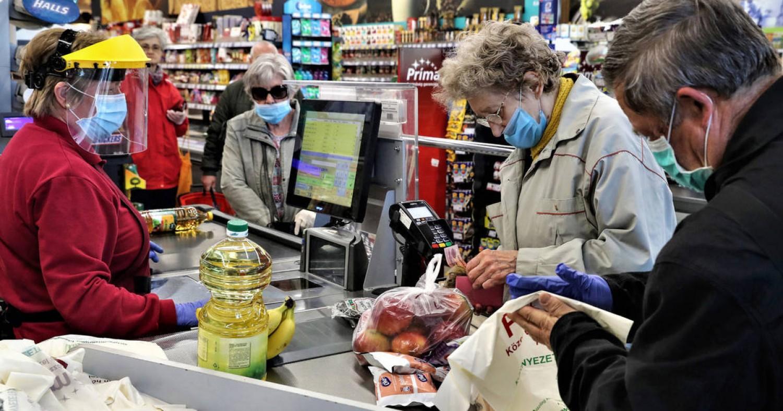 Mostantól bárki bármikor vásárolhat: nincs többé vásárlási idősáv