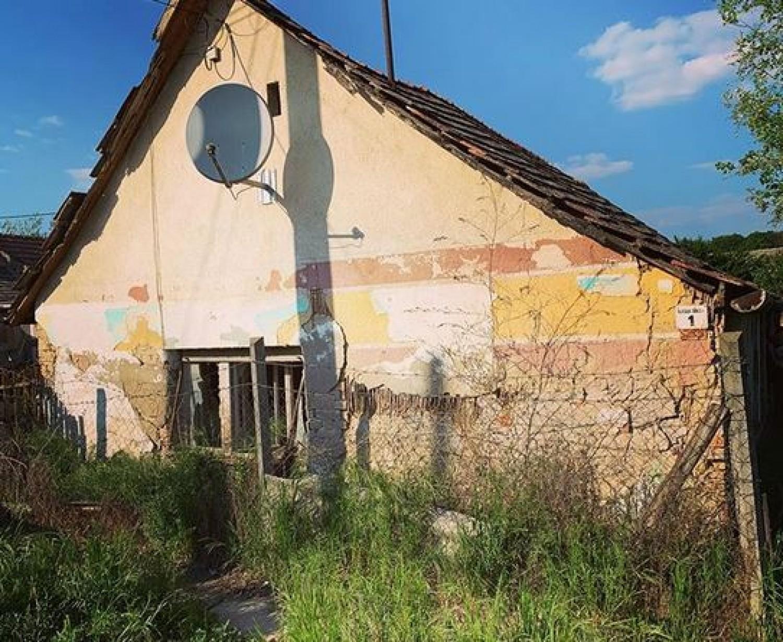 Tippelj: melyik ismert magyar énekes szülőháza van a képen