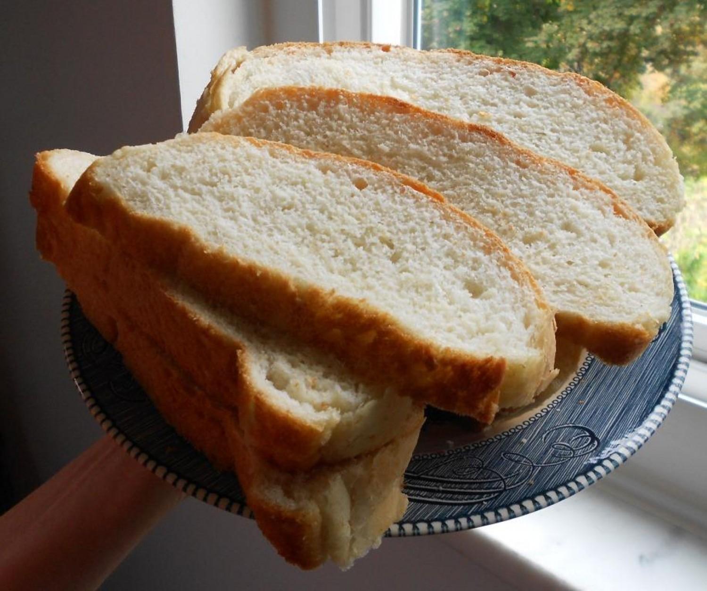 Ezért érdemes ecetbe áztatott kenyeret tenni a kukába