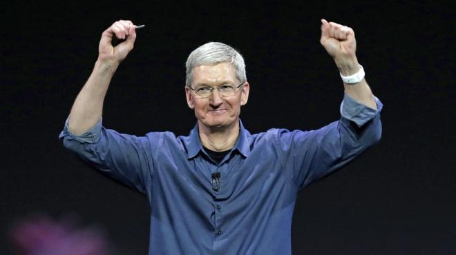 Az Iphone telefonokat is gyártó APPLE cég vezére jótékony célokra szétosztja a vagyonát