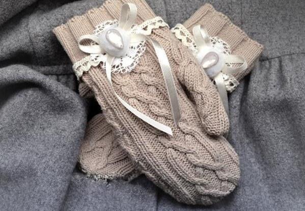 Hihetelenül ötletes: pulóverből kesztyű!