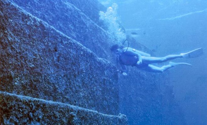Piramisokat fedeztek fel a tenger mélyén, ami átírhatja az eddigi történelmi ismereteinket. (videóval)