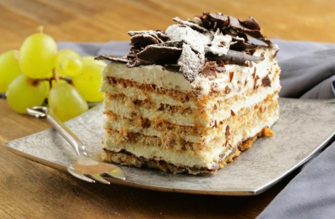 Gyors krémes-kekszes sütemény