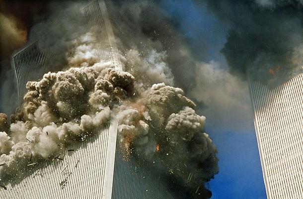 MINDVÉGIG ÁTVERTÉK A VILÁGOT? Nem a terrortámadás, hanem a közben felrobbantott Plutónium bomba okozta a New Yorki ikertornyok tragédiáját!