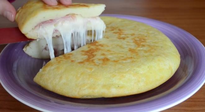 Olasz sajtos sonkás burgonya lepény. KI KELL PRÓBÁLNI!