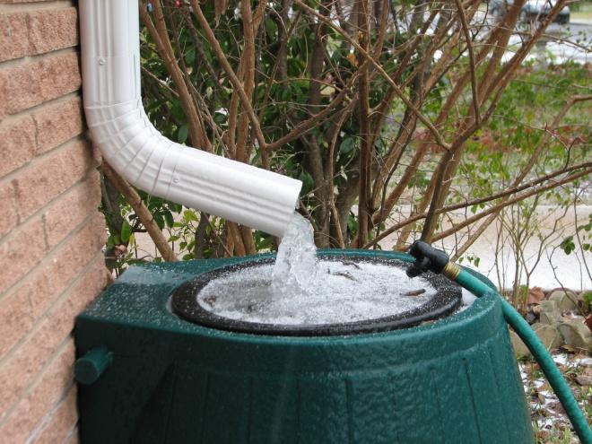 Az esővíz állami tulajdon! A víz összegyűjtéséért börtön jár!