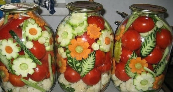 A világ legszebb savanyúságai, amit vétek a kamrában tartani!