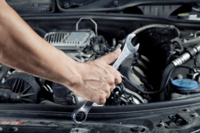 Így verhet át az autószerelőd! MEGTÖRTÉNT ESETEK ALAPJÁN