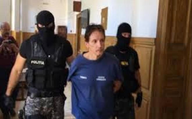 Minden hájjal megkent ügyvédje van a román gyilkosnak!