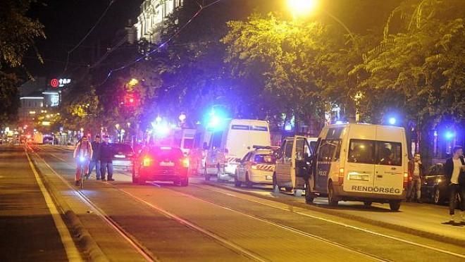 Robbantás volt Budapesten, a belváros egy részét lezárták.