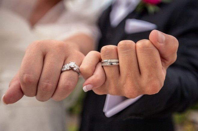 ÉLETTÁRSAK figyelem! Nagyon rosszul járhatsz, ha nem házasodtatok össze!